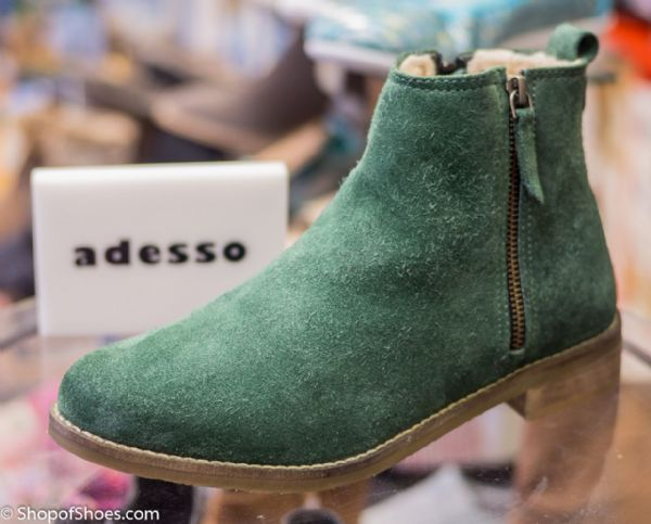 Adesso simple low olive green warm lined suede boot